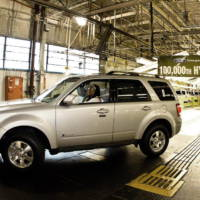 Ford produced 100000 hybrid SUVs