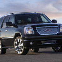 2009 GMC Yukon Denali Hybrid unveiled