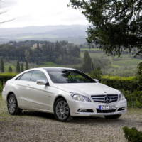 2010 Mercedes E Class Coupe photos and details