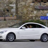2010 Mercedes E Class Coupe photos and details