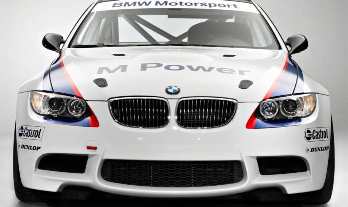 BMW M3 GT4 race debut
