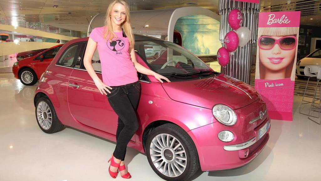 Fiat 500 Barbie European tour