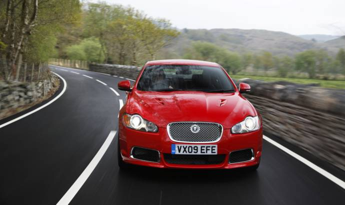 Jaguar XFR and XKR ready for debut