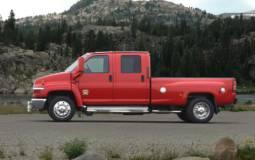 GM will stop producing Chevy Kodiak and GMC Topkick