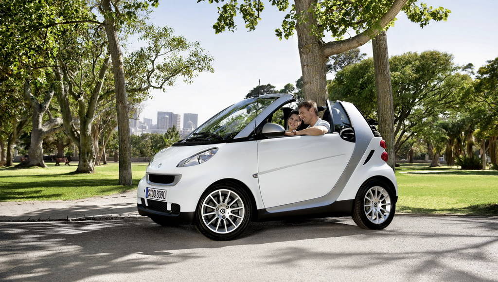 2010 Smart Fortwo CDI unveiled