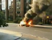 Lamborghini Gallardo on fire in UK