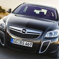 Opel Insignia OPC High Tech features