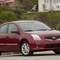2010 Nissan Sentra and Sentra SE-R price