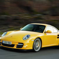 2010 Porsche 911 Turbo facelift unveiled