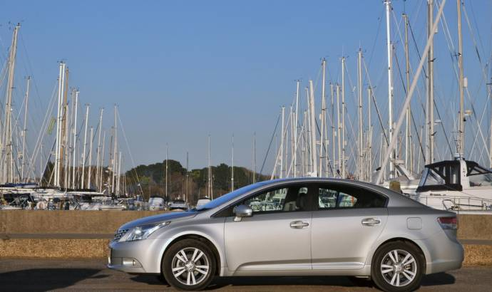 Toyota Avensis gets 1.6 Valvematic petrol and 2.2 D-CAT 150 diesel engines
