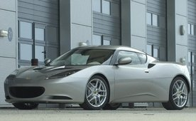 Lotus Evora named Performance Car of the Year 2009