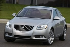 2011 Buick Regal Price