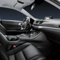 2010 Lexus CT 200h officially revealed