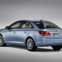 2011 Chevrolet Cruze Eco and RS