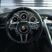 Porsche 918 Spyder - Photos and Details