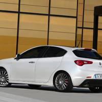 Alfa Romeo Giulietta Photos