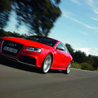 Audi RS5 Coupe details