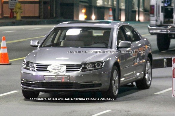 2011 Volkswagen Phaeton details