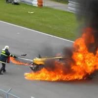 Gallardo burning in Lamborghini Super Trofeo crash