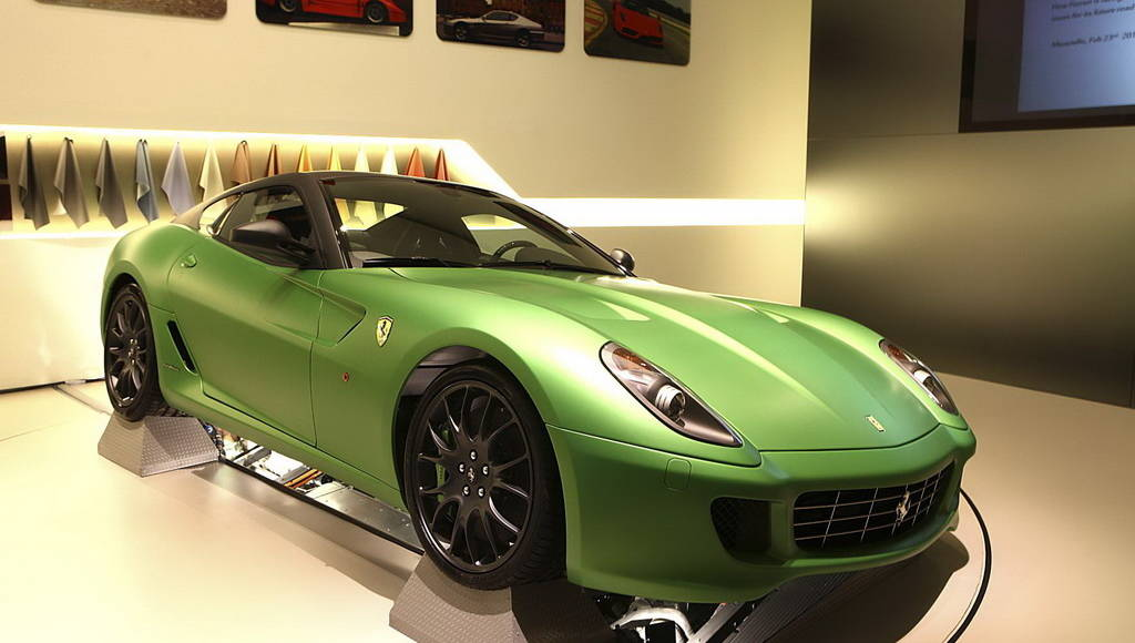 Ferrari to use V6 engines