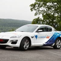 Mazda RX-8 Hydrogen RE at Le Mans into the Future