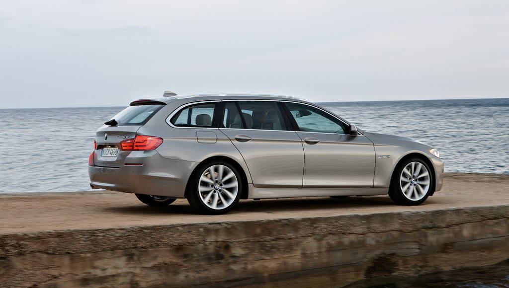 Video: 2011 BMW 5 Series Touring test drive