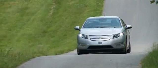 2011 Chevrolet Volt review video