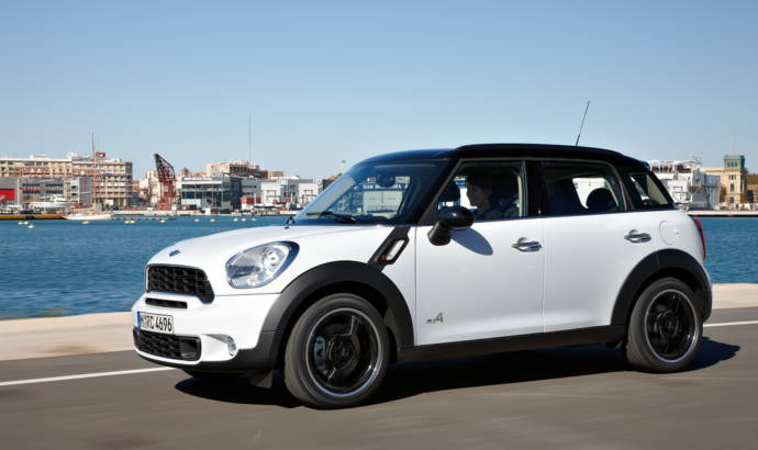 MINI 7 Seater SUV