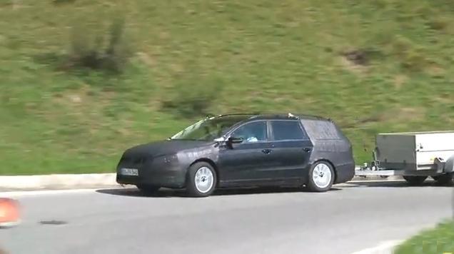 2011 Volkswagen Passat Estate spy video