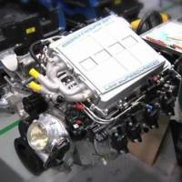 Video: Corvette Z06 and ZR1 LS9 engine building