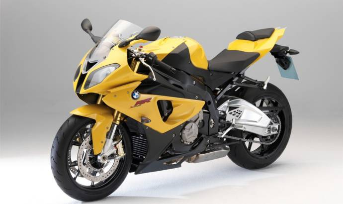 2011 BMW F 800 ST Touring and K 1300 R Dynamic