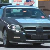 Video: 2011 Mercedes SLK Spied
