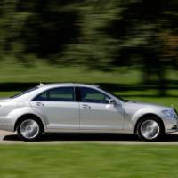 2010 Mercedes S250 CDI, S350 and S500 BlueEFFICIENCY