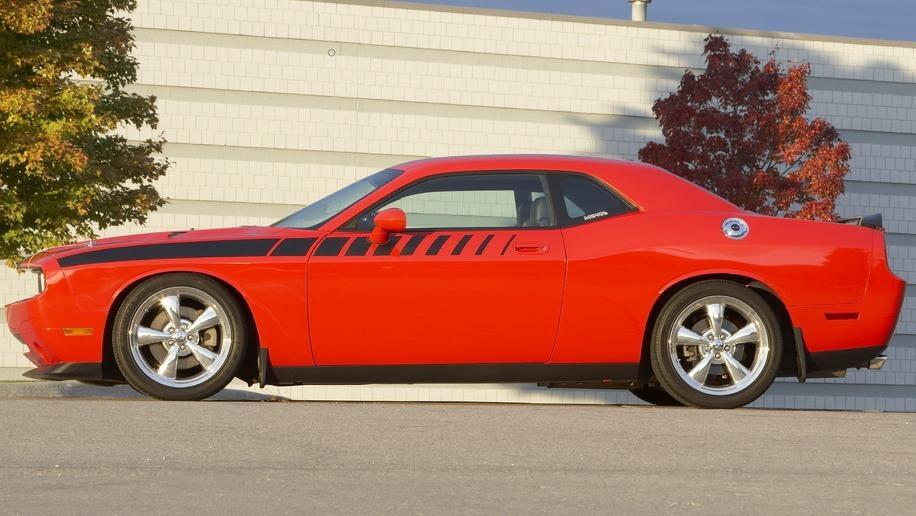 2011 Dodge Challenger info leaked