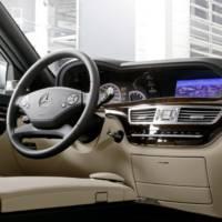 2011 Mercedes S 350 BlueEFFICIENCY and S 350 BlueTEC
