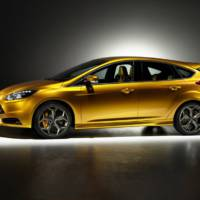 2012 Ford Focus ST in detail