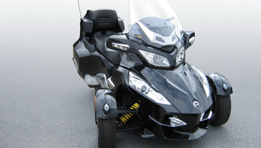 Can Am Spyder KW coilover suspension