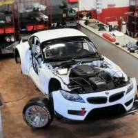 Video: BMW Z4 GT3 assembled in under 4 minutes