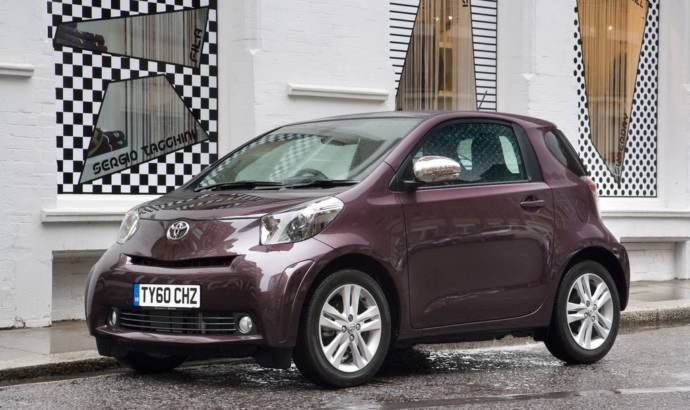 2011 Toyota iQ price