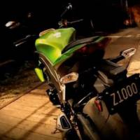 2011 Kawasaki Z1000 video