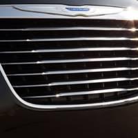 2011 Chrysler 300C interior