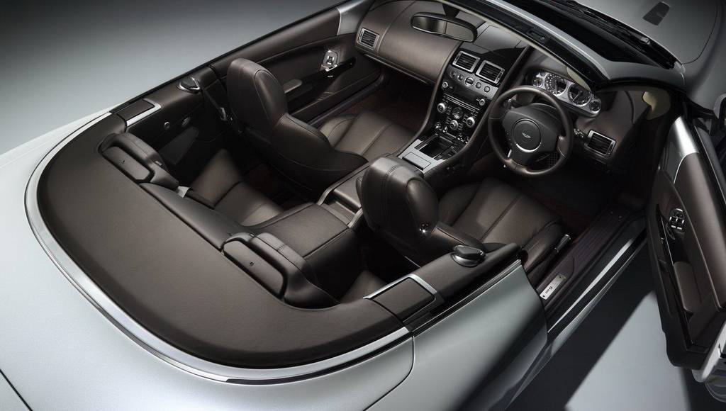 Aston Martin DB9 Morning Frost, Carbon Black and Quantum Silver