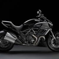 Ducati Diavel Diamond Black