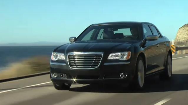 2011 Chrysler 300 video