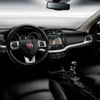 2011 Fiat Freemont interior