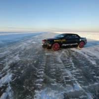 Bentley Supersports Convertible World Speed Record on Ice