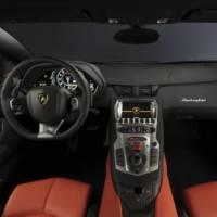 Lamborghini Aventador LP 700-4 Photos and Details