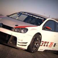 Video: Volkswagen Golf24