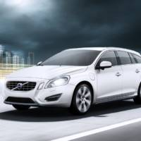 Volvo V60 Hybrid Photos and Details