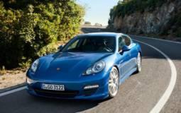 Porsche Pajun Details